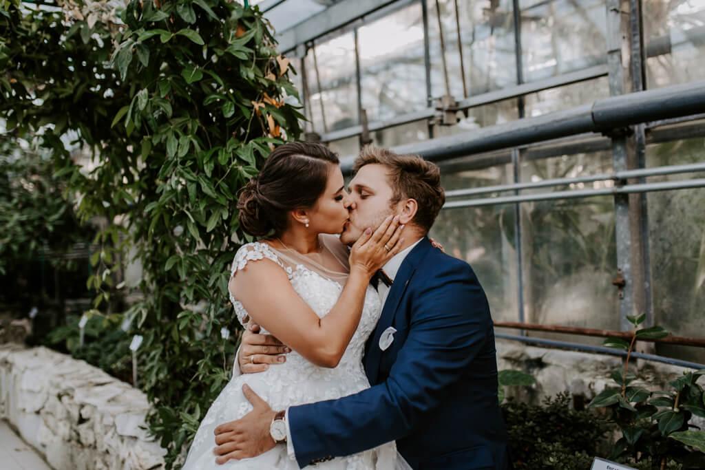 Sesja ślubna w ogrodzie botanicznym (8)