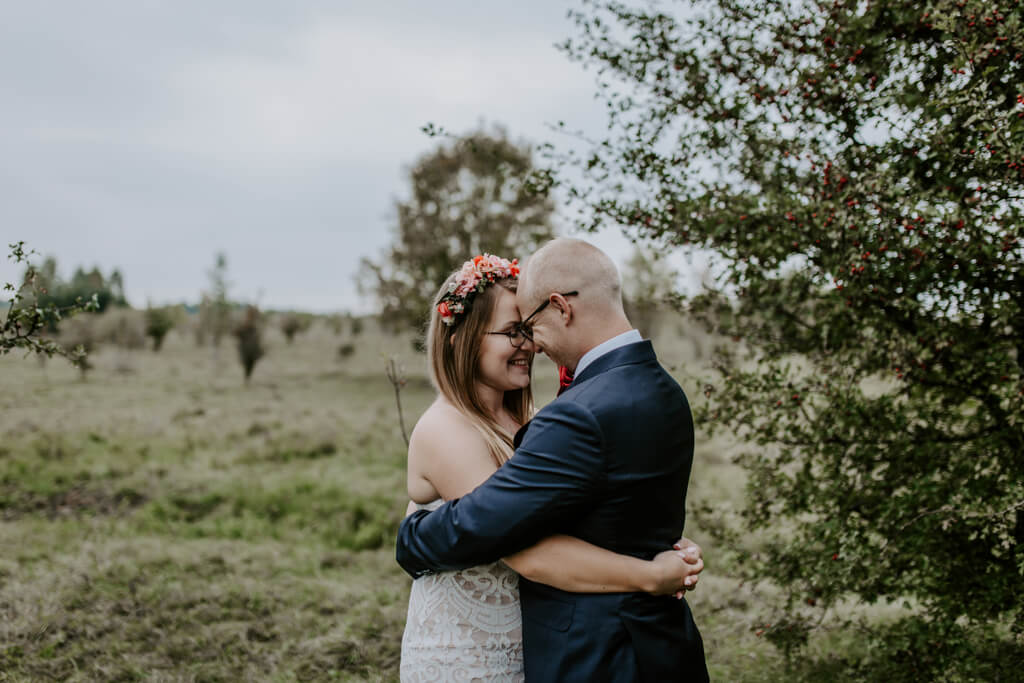 Sesja ślubna w sadzie Mazury (1)