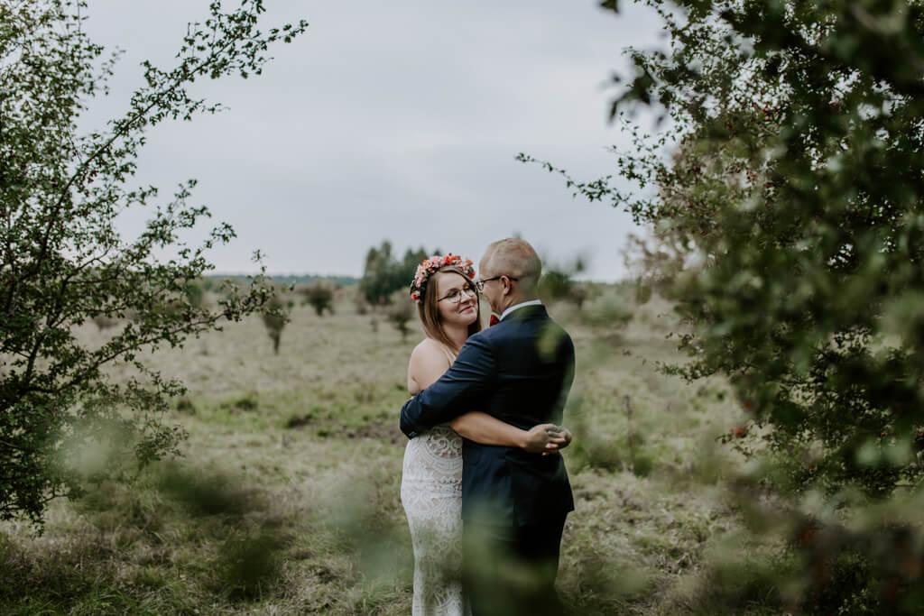 Sesja ślubna w sadzie Mazury (2)